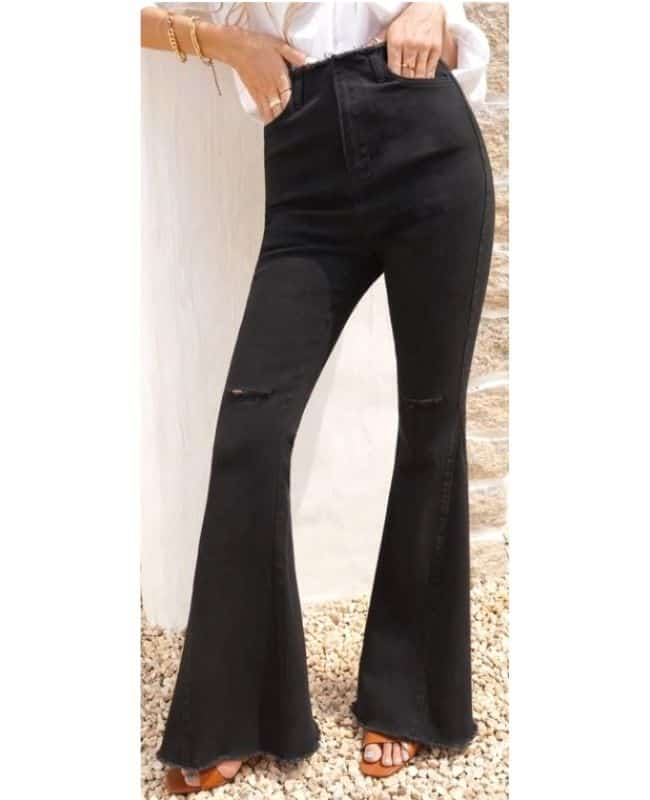 Black flared jeans outfit ideas